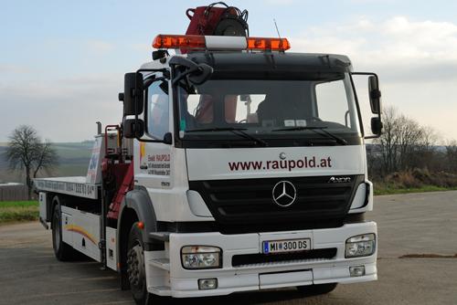 Mittelschweres Bergefahrzeug der Firma Raupold