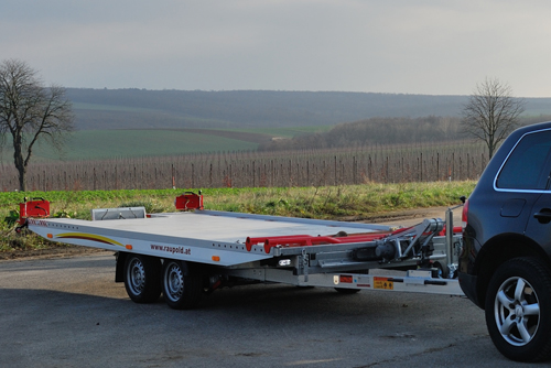 PKW Transport Anhänger der Firma Raupold